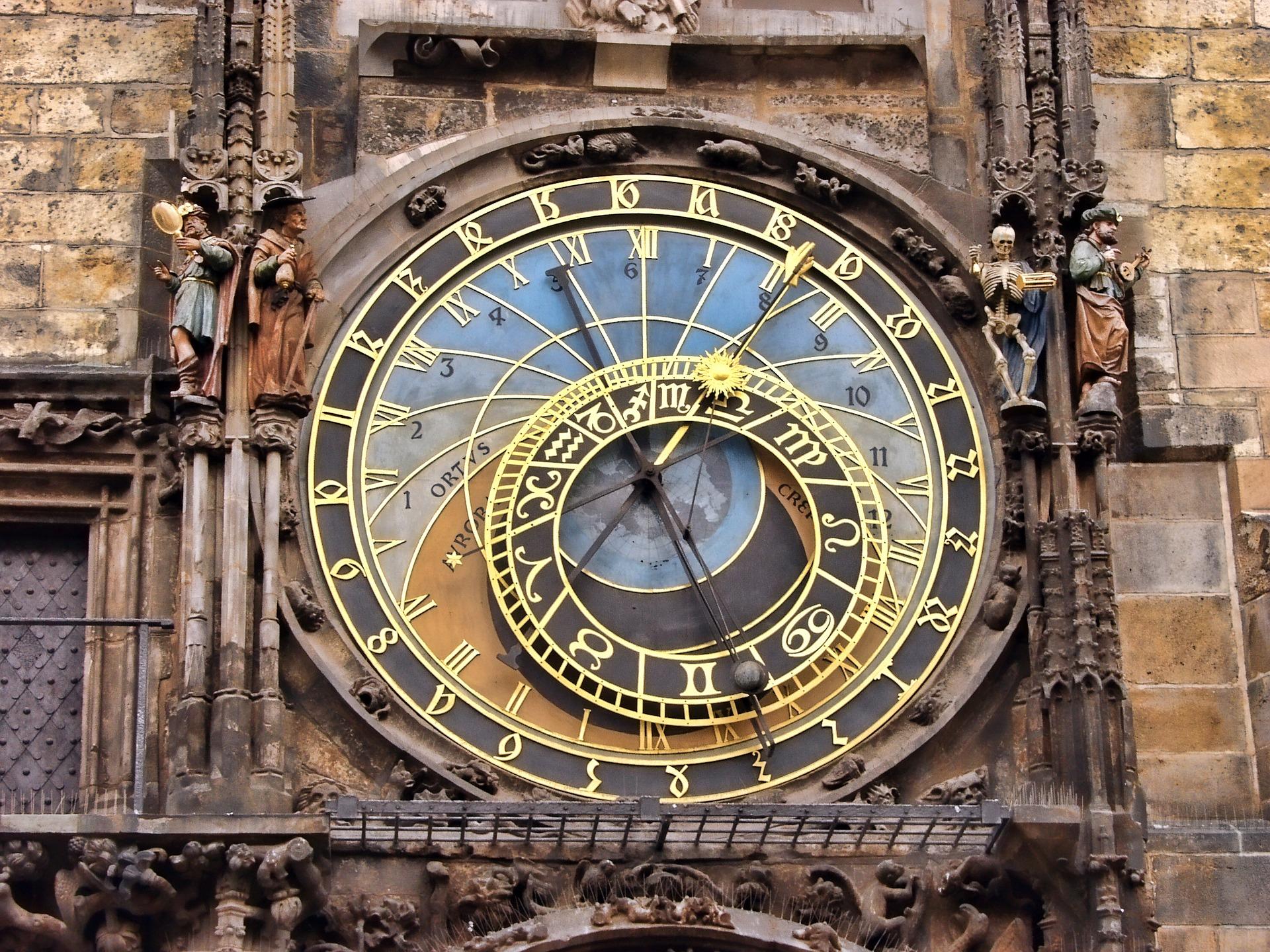 詳しいことが分かる!当たる!西洋占星術の魅力 大阪占いサロン、占い師吉田ルナ